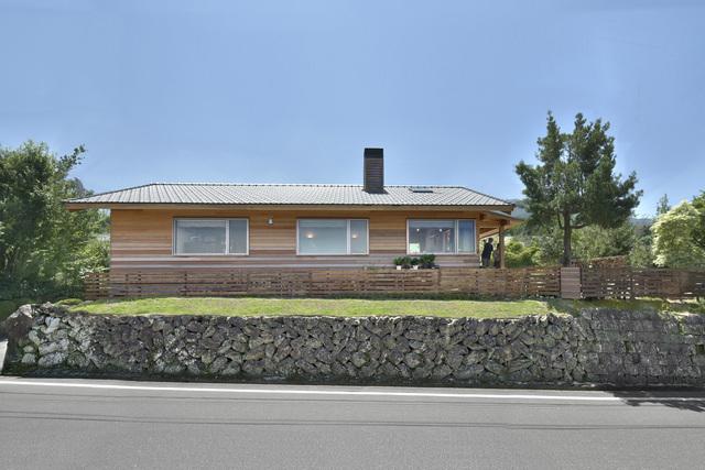 山苞の道沿の木の家 お住まいの家見学会