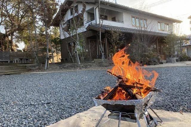 やかまし村の店で薪(焚き火用)の販売始めました!