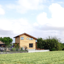 ご実家との程よい距離感に、夫婦二人の小さな家。/柳川市三橋町